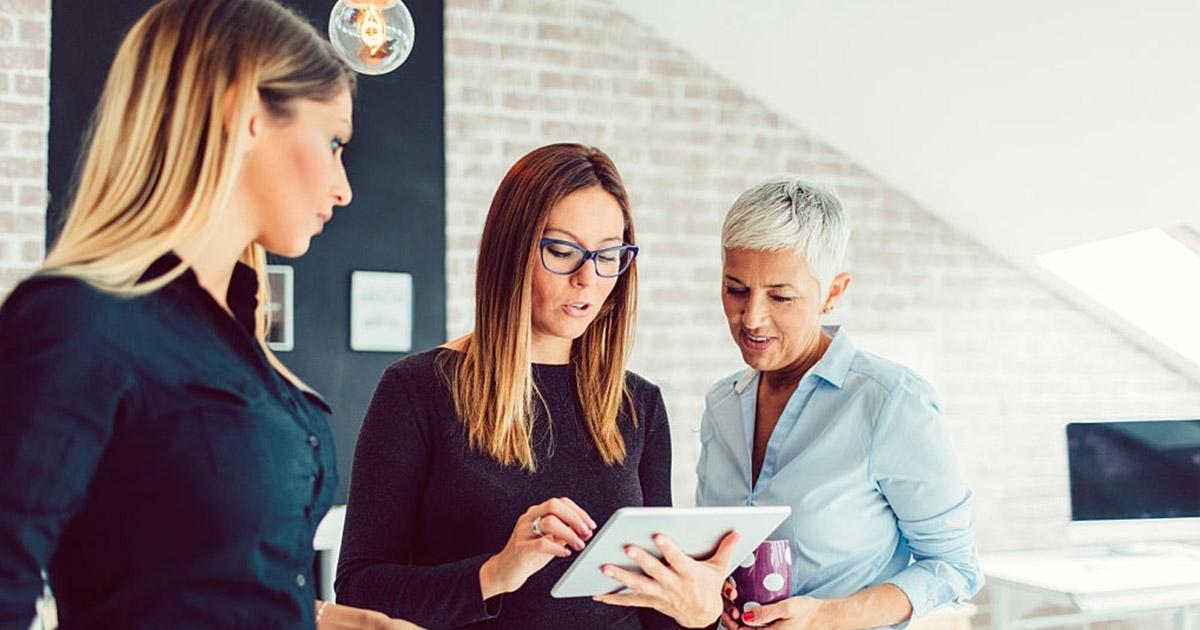 Un community manager deberá saber trabajar en equipo para una buena gestión.