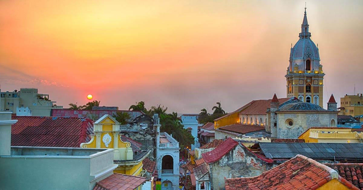 Hermoso atardecer en Cartagena, Colombia