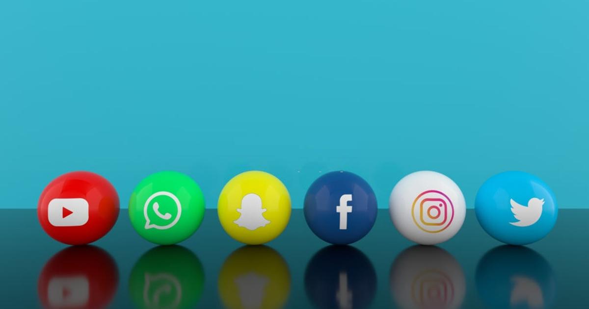 Esferas con logos de redes