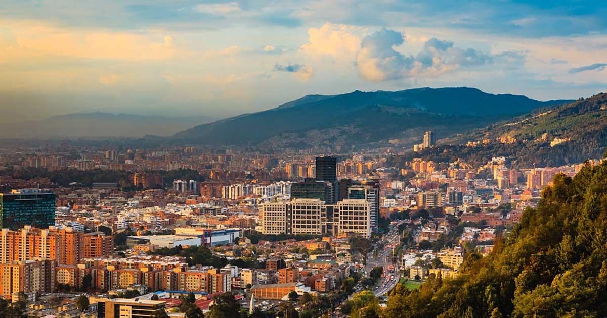 Redes sociales en la ciudad de Bogotá, Colombia