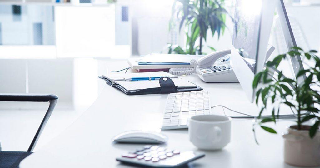 El trabajo de una agencia de marketing se orienta a la aplicación de estrategias publicitarias en medios digitales.